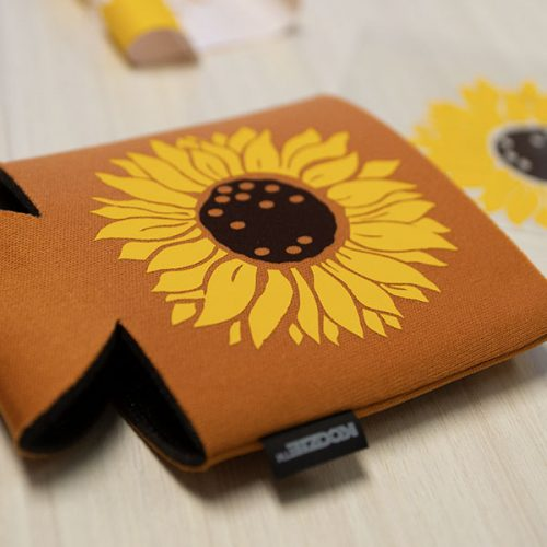 Koozie® can cooler DIY sunflower